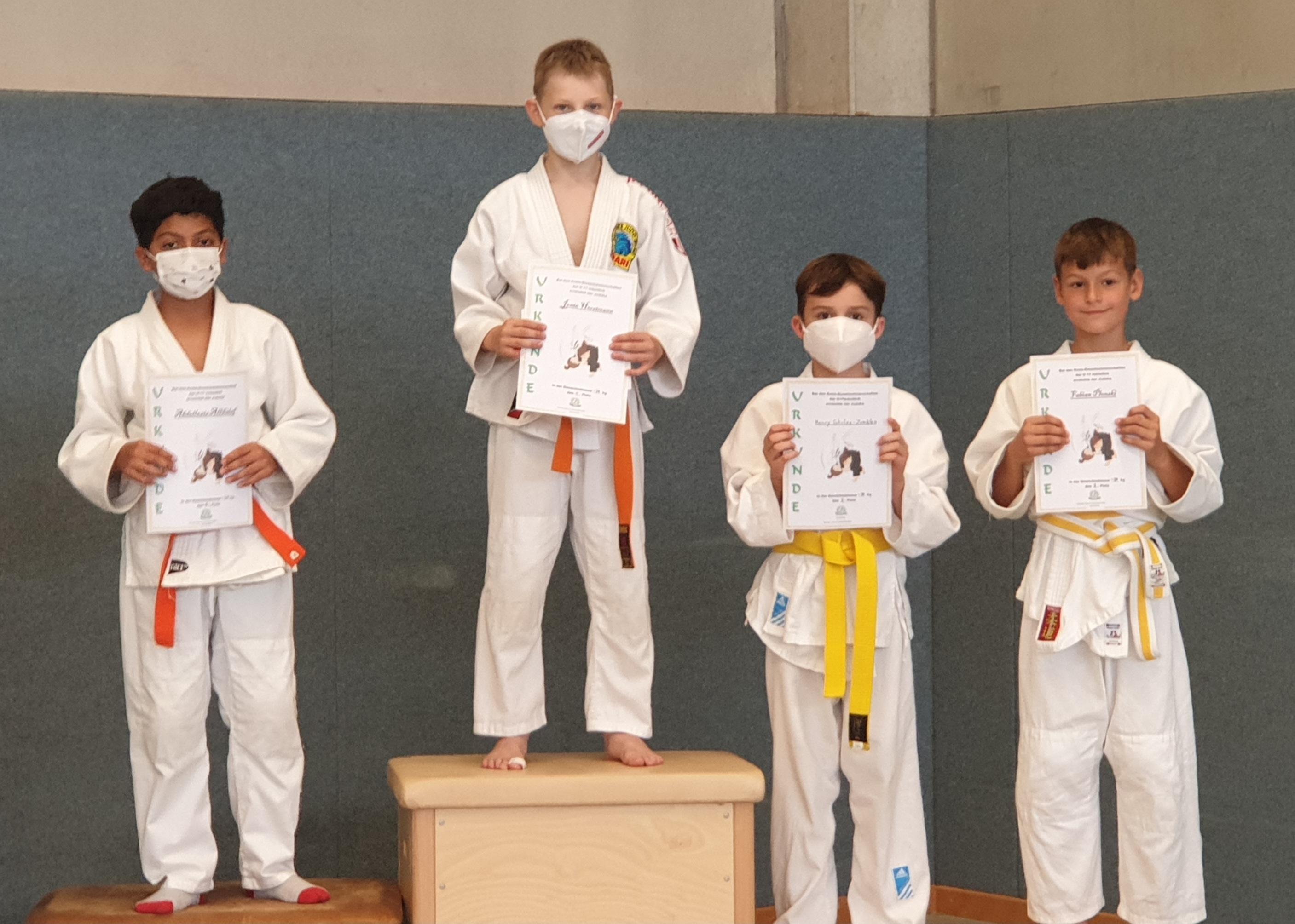 judo-treppchenfoto